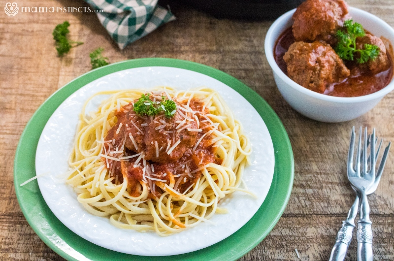 Instant Pot Spaghetti Sauce with Meatballs